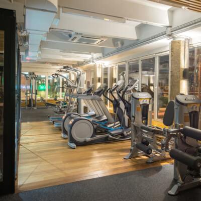 17.07.12 Capsula Fitnes Interior 105-HDR